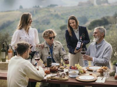 Thumbnail Special picnic experience in the tuscan countryside at Tenuta di Artimino