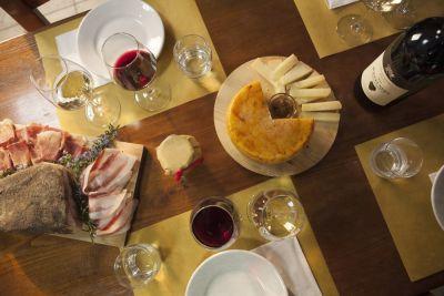 Thumbnail Degustazione e Tour in Vigna alla Cantina Buccia Nera