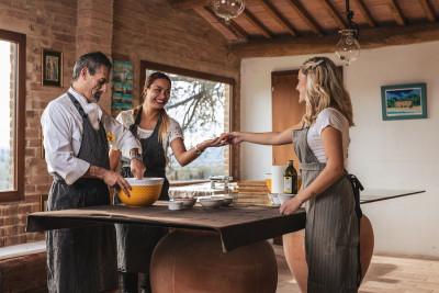 Thumbnail Bella Vita: Il corso di cucina toscana a Montalcino