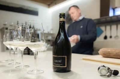 Thumbnail Valdobbiadene wine tasting at Guia Winery
