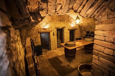 Thumbnail Pinot Nero: the wine experience at Tenuta Travaglino