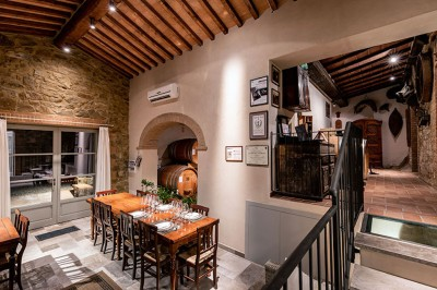 Thumbnail Discover the history and the charm of Brunello at Bellaria Winery